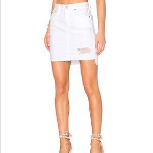 AG Erin denim skirt. Intuition white. 27
